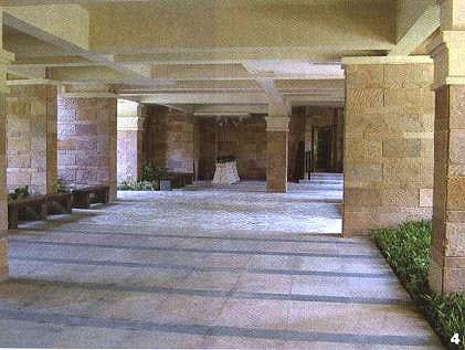 架空层指仅有结构支撑而无外围护结构的开敞空间层