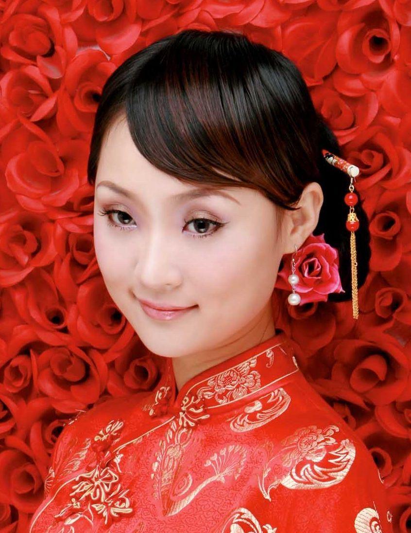 龚玥就读于福建省最好的中学之一厦门第一中学,是个品学兼优的学生