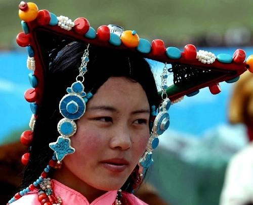 手绘藏族女子图片大全